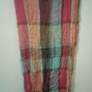 Nice scarf by Avenue